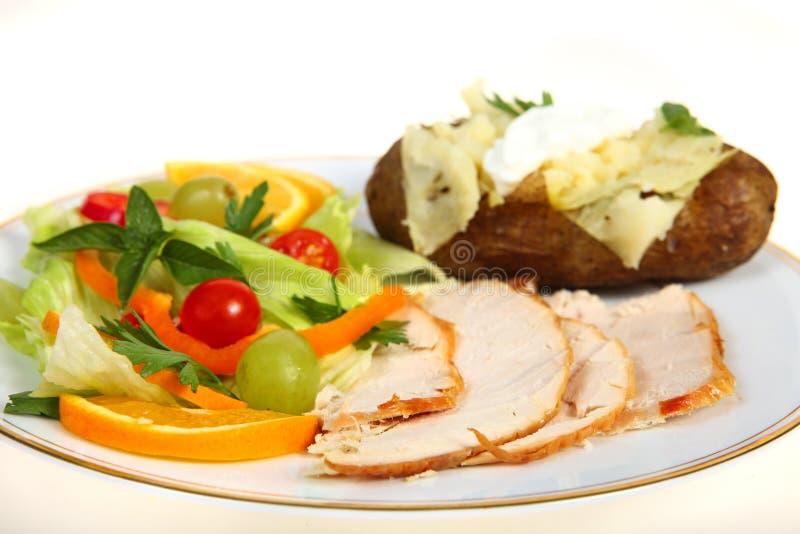 Ensalada de Turquía y cena de la patata fotografía de archivo