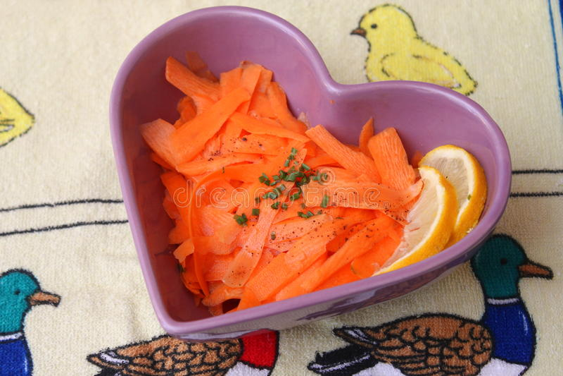 Ensalada de zanahorias imagen de archivo