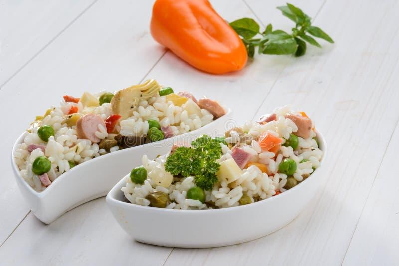 Download Ensalada del arroz imagen de archivo. Imagen de frío - 41903211