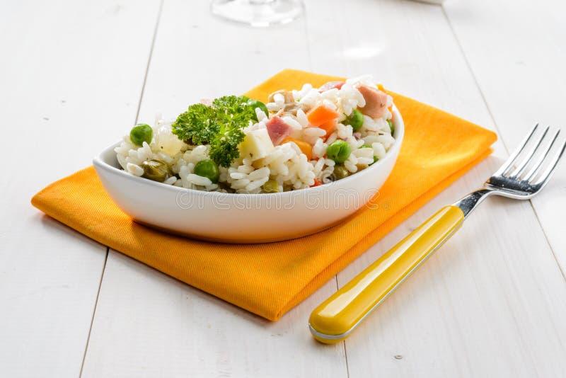 Download Ensalada del arroz foto de archivo. Imagen de alcaparras - 41903258