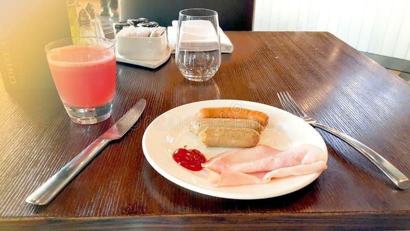 Ensalada en restaurante de la comida de Japón fotografía de archivo