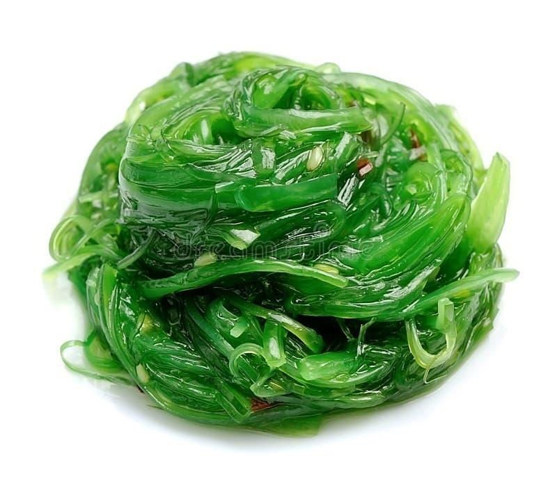 Ensalada fresca de la alga marina Cocina japonesa fotografía de archivo