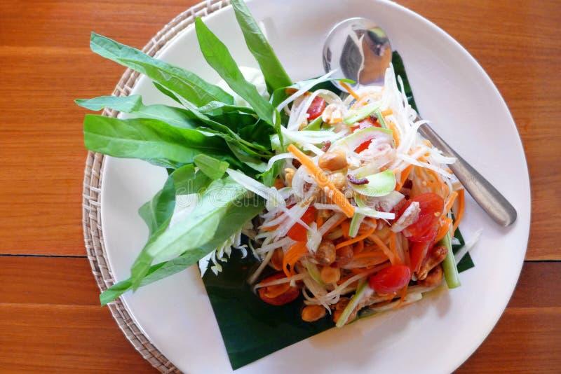 Ensalada tailandesa de la papaya imagenes de archivo