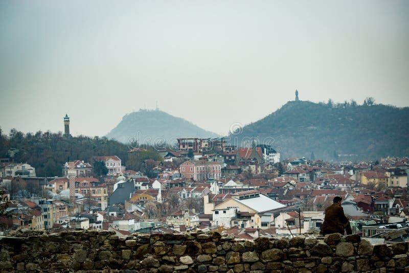 Ensam kulle Plovdiv Bulgarien arkivfoton