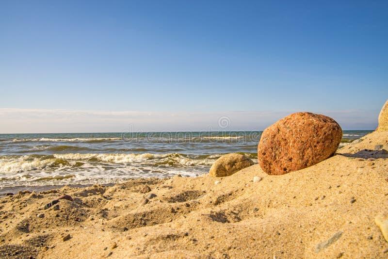 Ensam opåverkad strand av Östersjön fotografering för bildbyråer