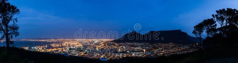 Ensamt i Cape Town fotografering för bildbyråer