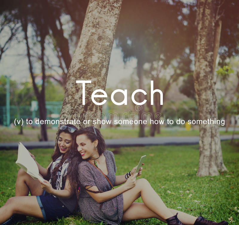 Enseñe al concepto de enseñanza del entrenamiento de la tutoría de la educación que entrena fotos de archivo libres de regalías