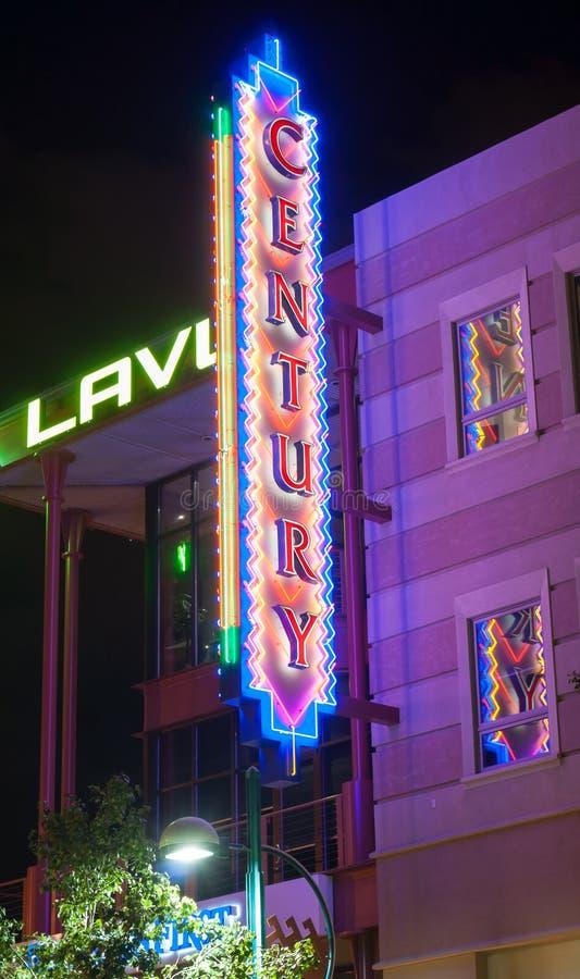 Enseignes au néon Albuquerque Route 66 de théâtres de siècle photos libres de droits
