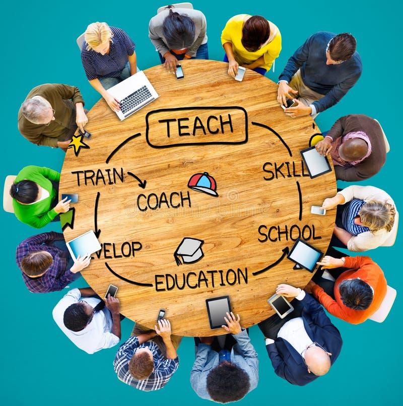Enseignez l'entraîneur Training Concept d'éducation de compétence photos libres de droits