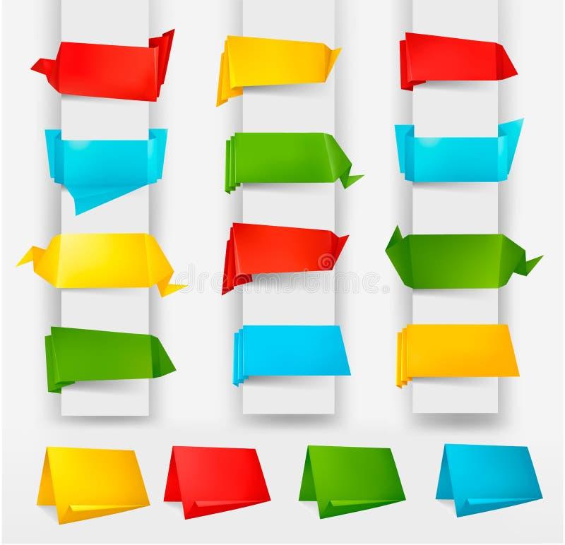 Ensemble énorme de drapeaux colorés de papier d'origami. illustration de vecteur
