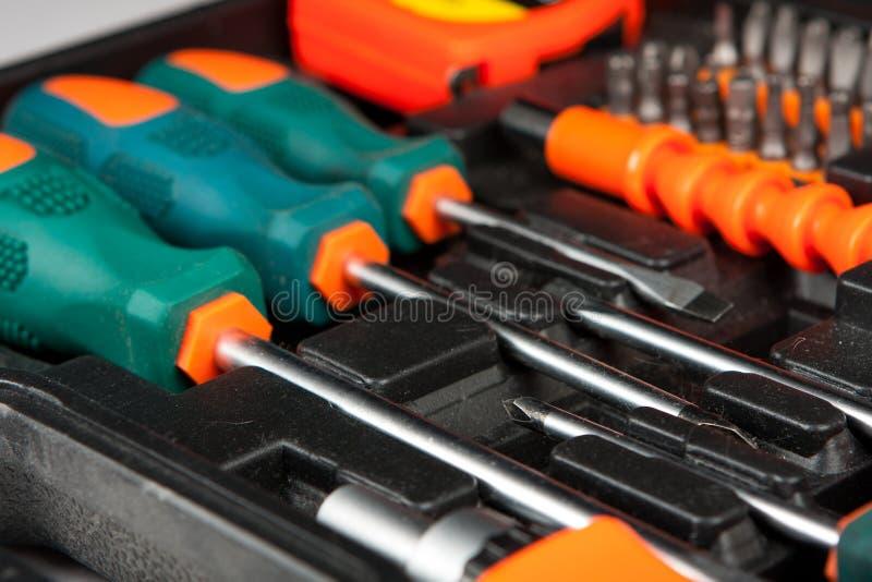 Ensemble d'outils dans la boîte noire image stock