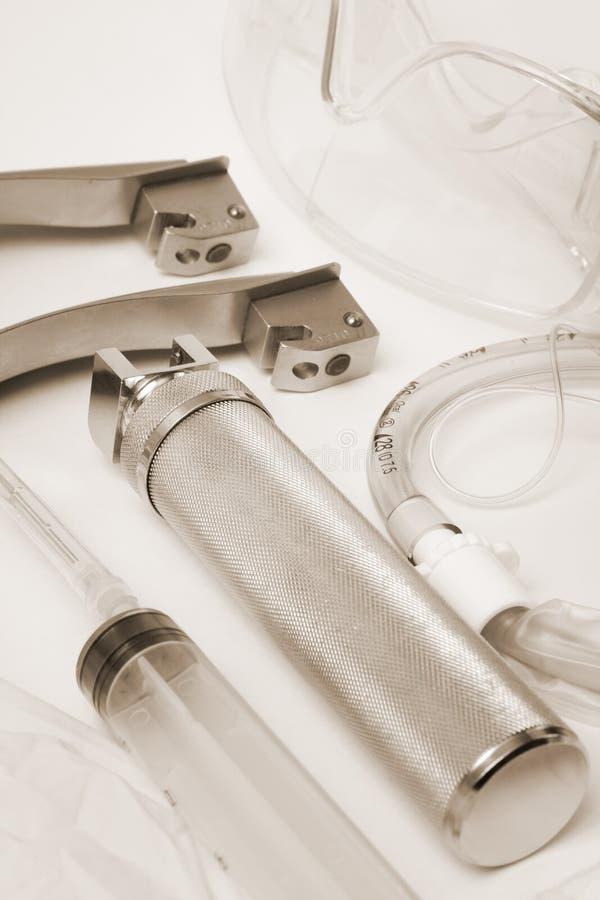 Ensemble d'outils pour des tracheas d'intubation photos stock