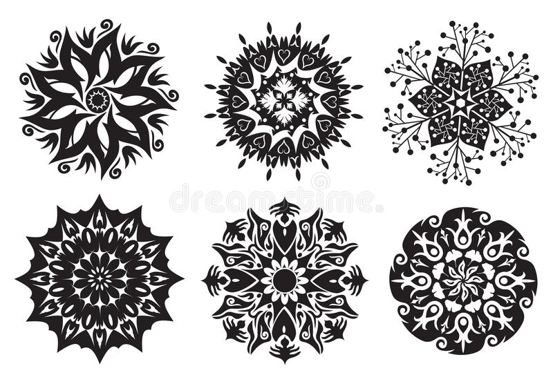 Ensemble de 6 mandalas - mandalas de fleur/nature illustration de vecteur