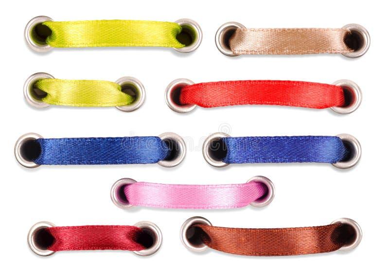 Ensemble de bandes en soie colorées sur un fond blanc images stock