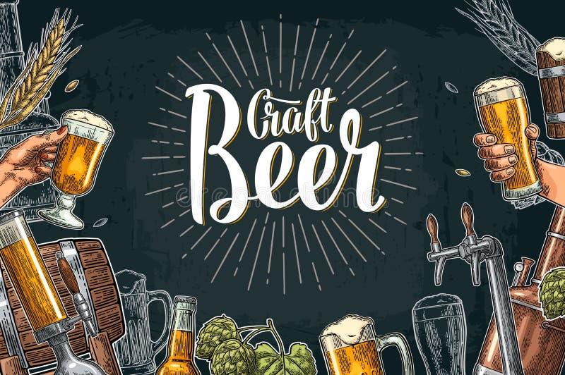 Ensemble de bière avec le robinet, la classe, la boîte, la bouteille et les réservoirs de l'usine de brasserie illustration stock