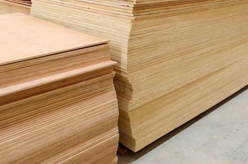 Ensemble de bois de construction en bois de pin pour le bâtiment de construction photo stock