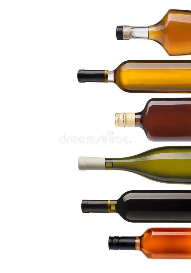 Ensemble de bouteilles de vin et d'eau-de-vie fine photo stock