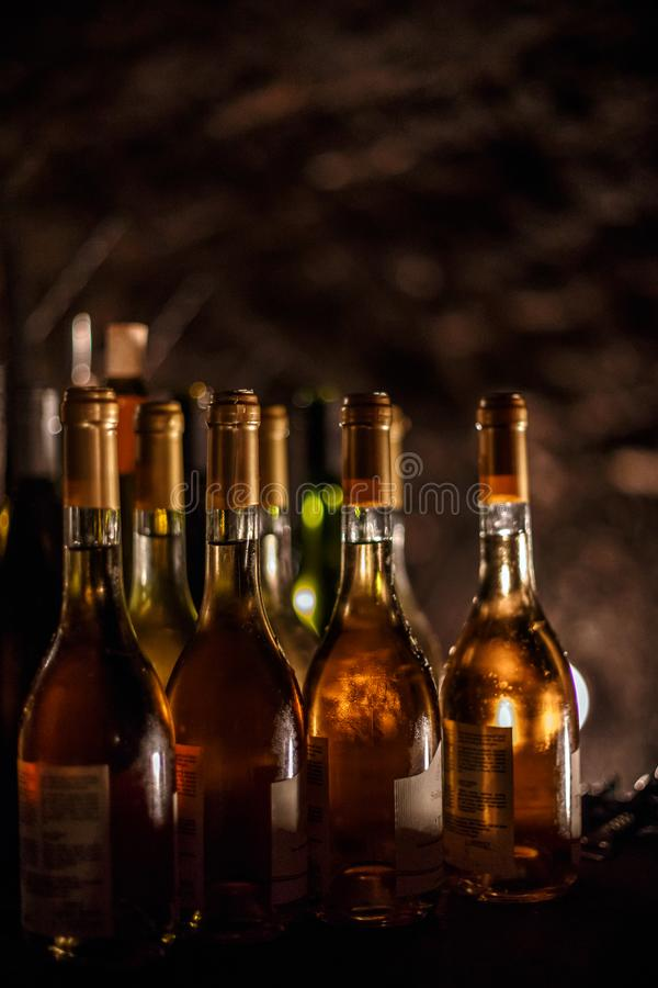 Ensemble de bouteilles de vin photo libre de droits