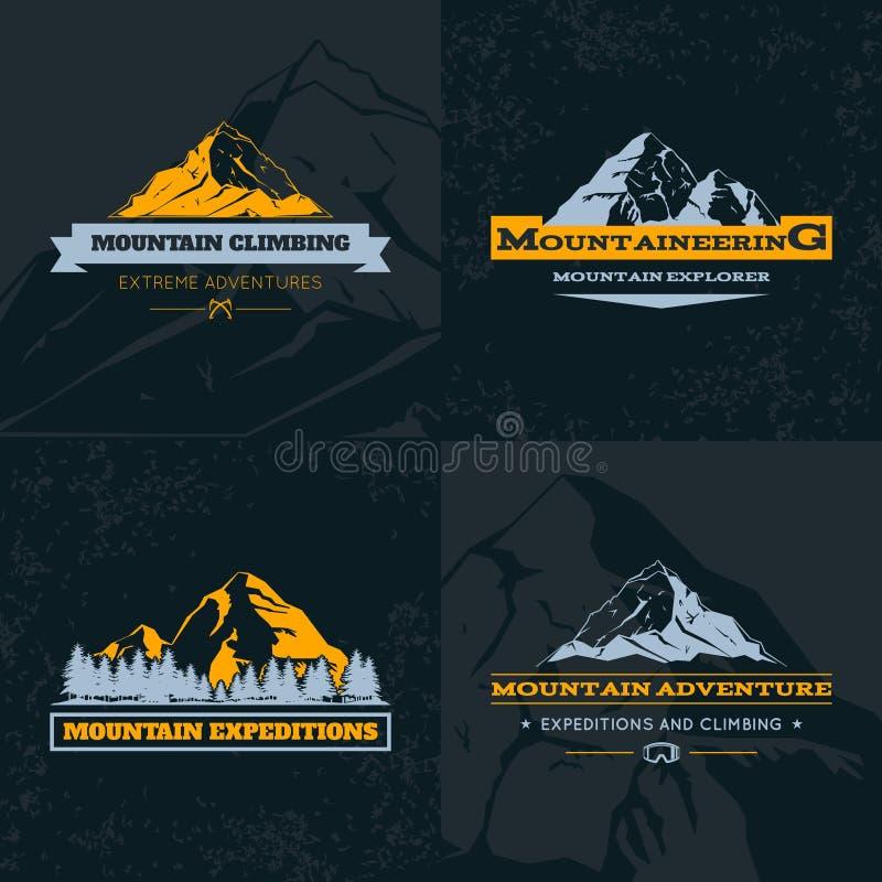 Ensemble de calibre d'emblème de montagne illustration de vecteur