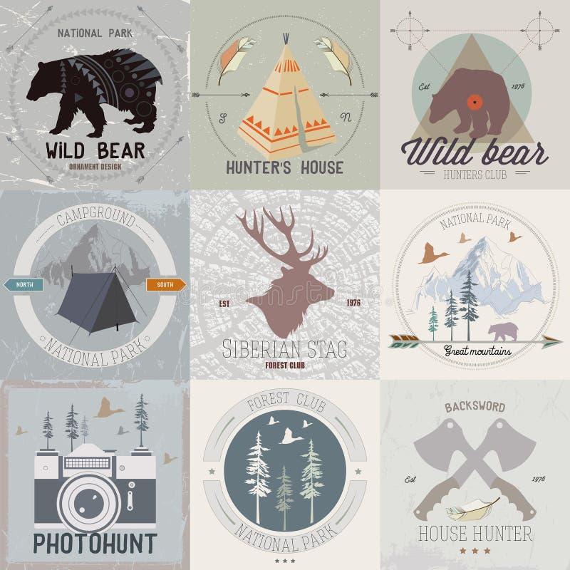 Ensemble de camping de vintage et de logos d'activité en plein air illustration de vecteur