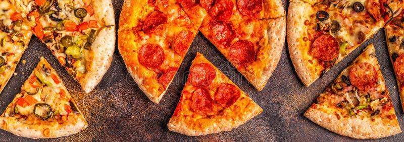 Ensemble de différentes pizzas photo stock