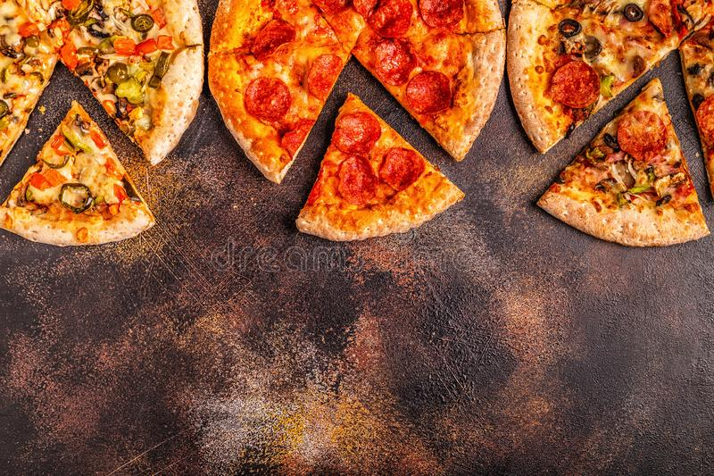 Ensemble de différentes pizzas images libres de droits