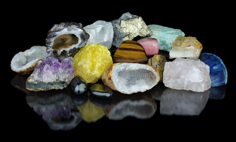Ensemble de différents minerais photos stock