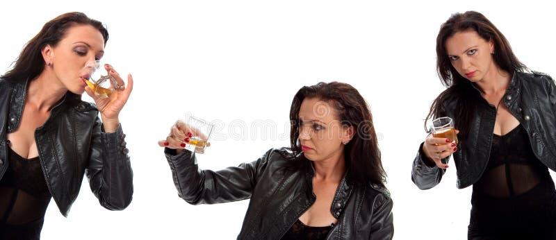 Ensemble de fille avec la glace de whiskey images stock