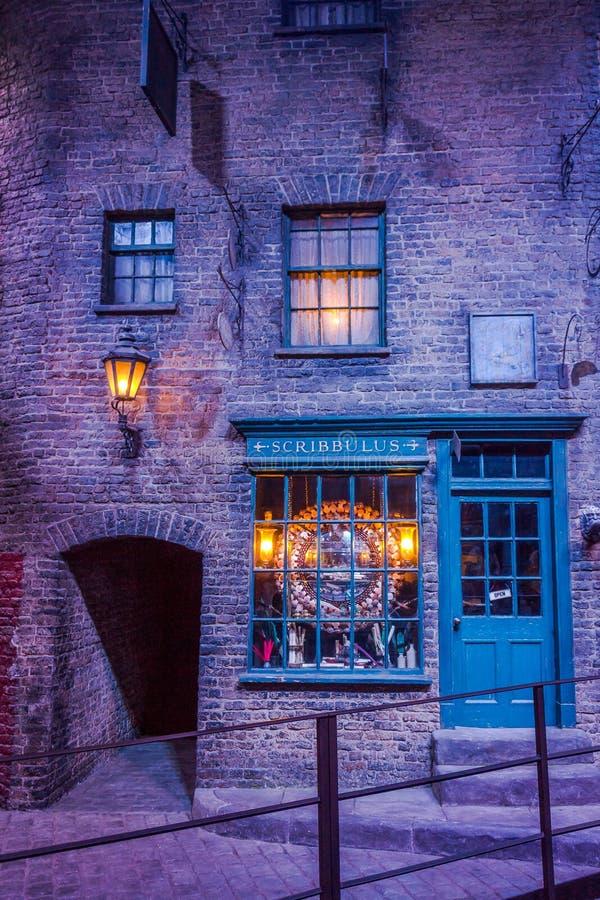 Ensemble de film de Diagon Alley chez Warner Studio, la fabrication de Harry Potter à Londres, R-U image libre de droits