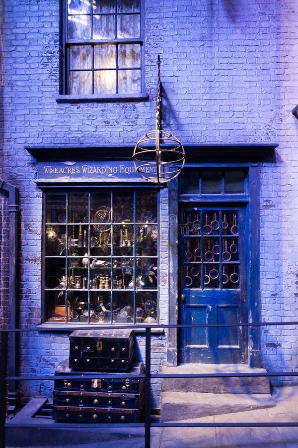 Ensemble de film de Diagon Alley chez Warner Studio, la fabrication de Harry Potter à Londres, R-U image stock