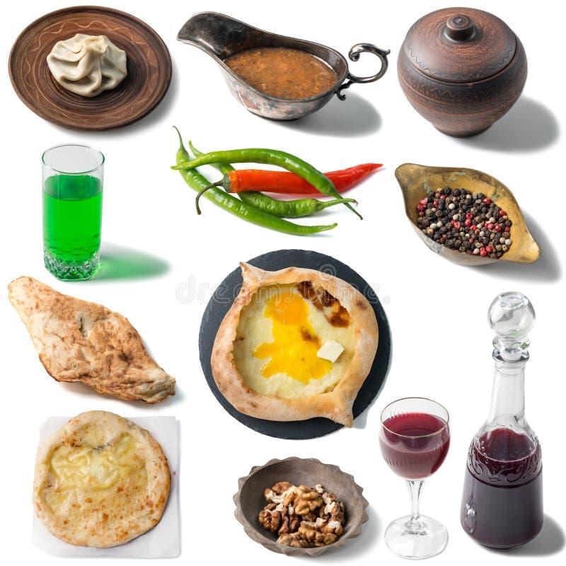 Ensemble de nourritures traditionnelles géorgiennes, khachapuri, chebureki, khinkali images libres de droits