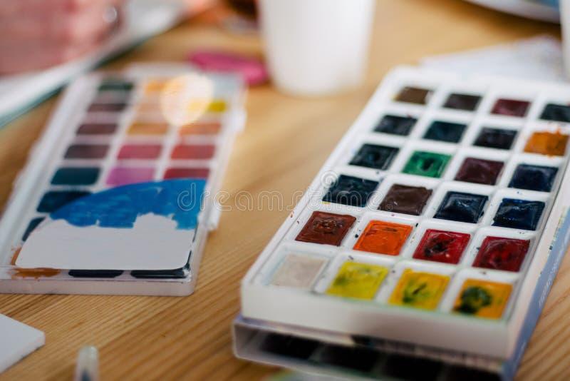 Ensemble de peintures d'aquarelle d'isolement sur le fond blanc photos libres de droits