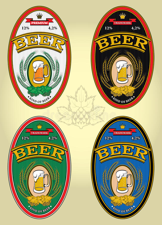 Ensemble de quatre labels ovales pour la bière illustration libre de droits