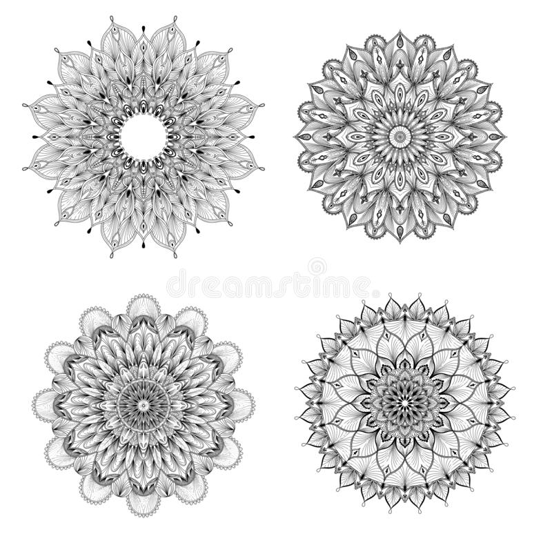 Ensemble de quatre mandalas noirs et blancs Mandala de vecteur Ensemble de mandalas de vecteur illustration stock