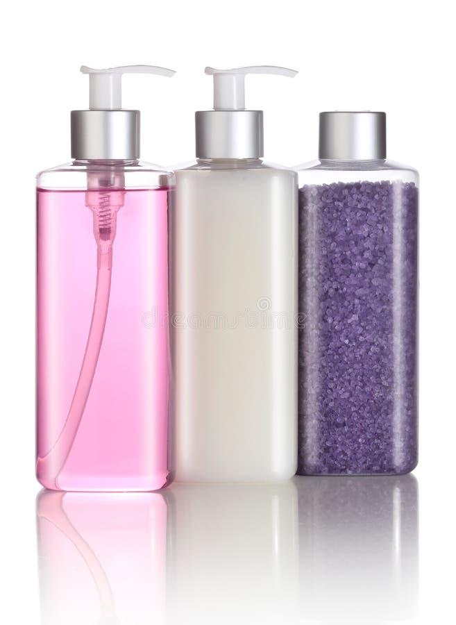 Ensemble de sel de bain, de shampooing et de savon liquide photo libre de droits