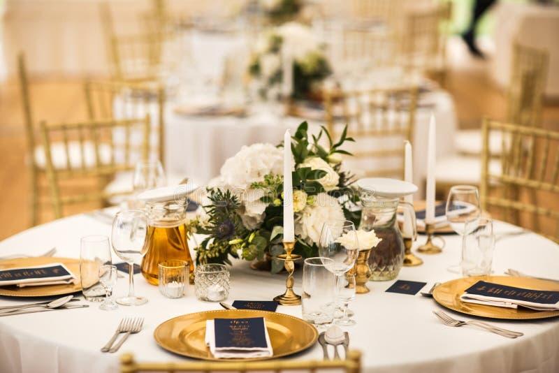 Ensemble de Tableau pour épouser ou un dîner approvisionné différent d'événement images libres de droits