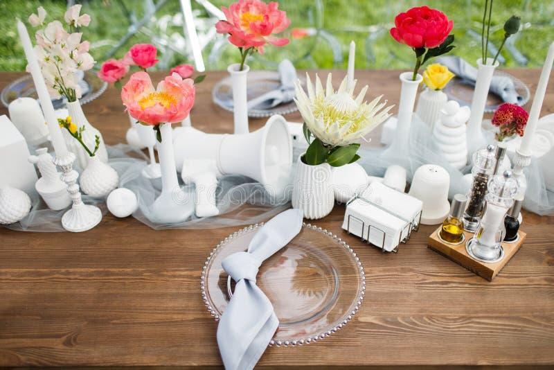 Ensemble de Tableau pour épouser ou un dîner approvisionné différent d'événement image stock