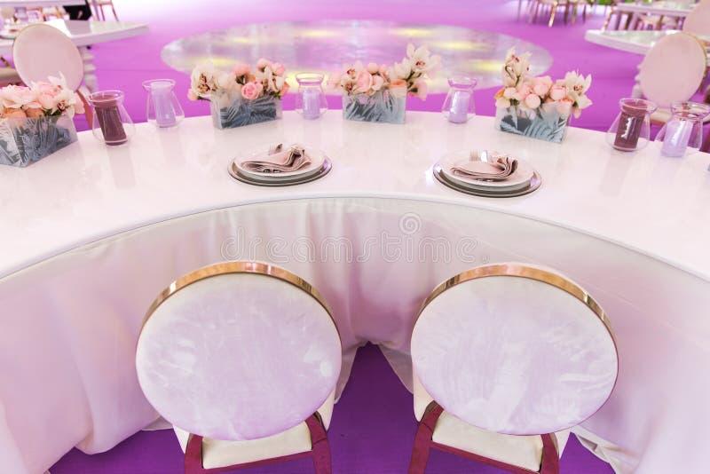 Ensemble de Tableau pour épouser ou un dîner approvisionné différent d'événement photo stock