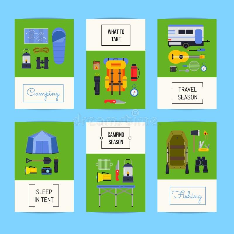 Ensemble de vecteur de cartes avec les éléments plats de camping de style illustration libre de droits