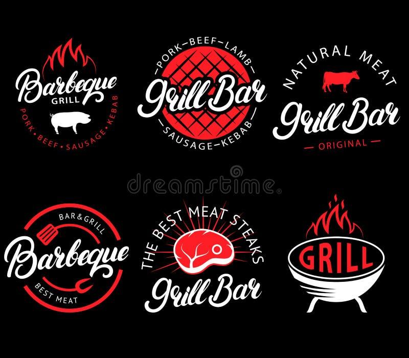 Ensemble de vecteur de barre de gril et labels de BBQ dans le rétro style Emblèmes, logo, autocollants et conception de restauran illustration de vecteur