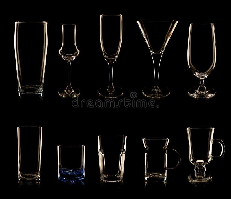Ensemble de verres et de bouteilles multiples photos libres de droits