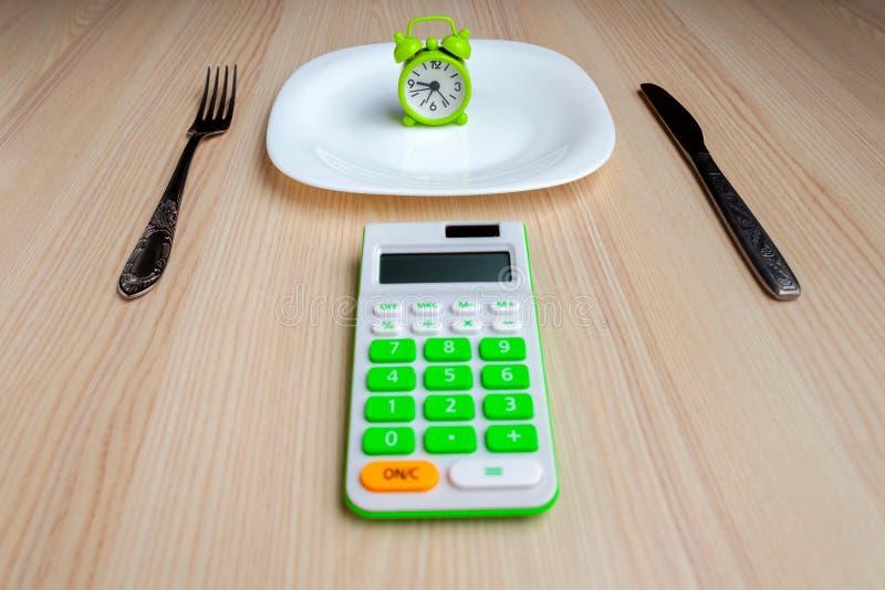 Ensemble diététique sur une table images stock