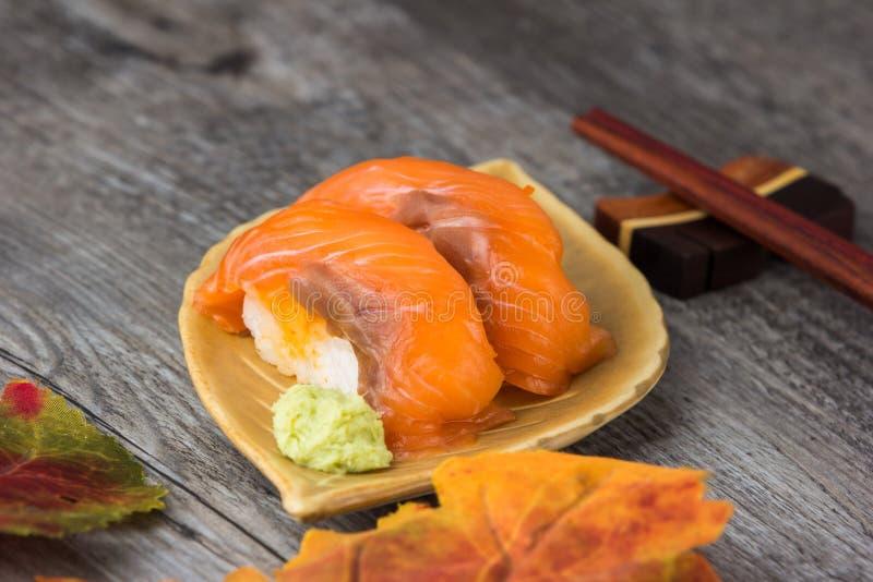 Ensemble japonais de sushi photos stock
