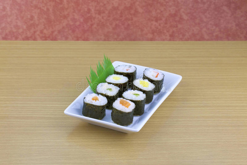 Ensemble japonais de sushi de fruits de mer images stock