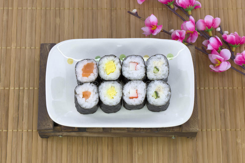 Ensemble japonais de sushi de fruits de mer photographie stock libre de droits