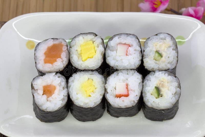 Ensemble japonais de sushi de fruits de mer photo libre de droits