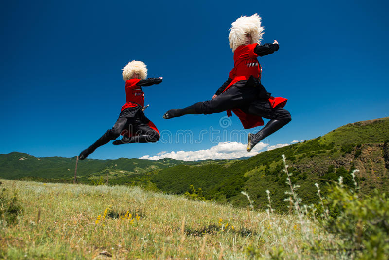 Ensemble national de chanson et de danse de Georgia Erisioni photos stock