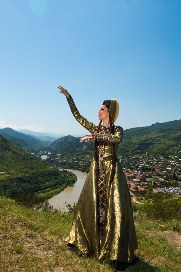 Ensemble national de chanson et de danse de Georgia Erisioni images libres de droits