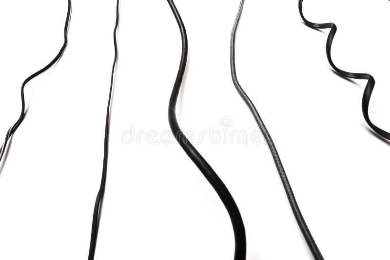 Ensemble noir de prise de cable ?lectrique d'isolement sur le fond blanc illustration de vecteur