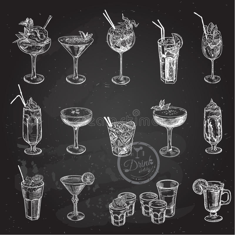Ensemble tiré par la main de croquis de cocktails alcooliques Illustration de vecteur photos libres de droits